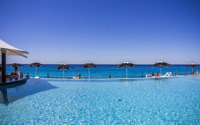 Hotel Coral Princess Cozumel cuenta con alberca infinity