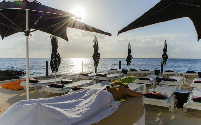 Hotel Coral Princess Cozumel consiéntete con algún masaje