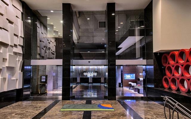Hotel Courtyard Mexico City Revolución, ingreso