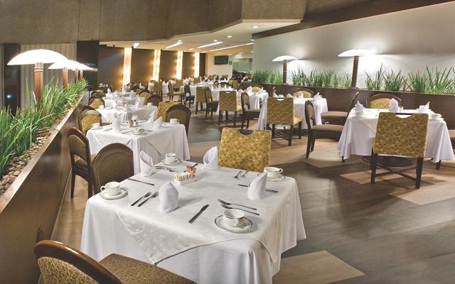 Hotel Courtyard Mexico City Revolución, Restaurante Passerina