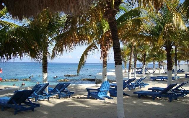 Hotel Cozumel & Resort, relájate en ambientes llenos de confort