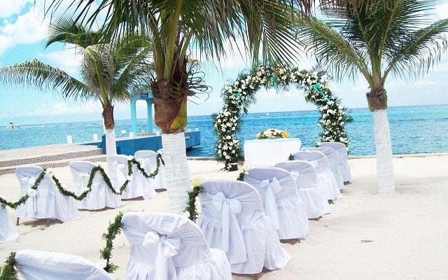 Hotel Cozumel & Resort, tu boda como la imaginaste