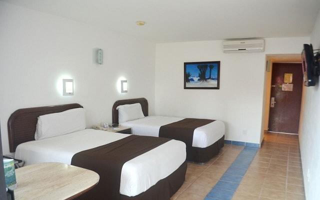 Hotel Cozumel & Resort, amplias y luminosas habitaciones