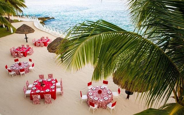 Hotel Cozumel Palace, sitio ideal para tus alimentos