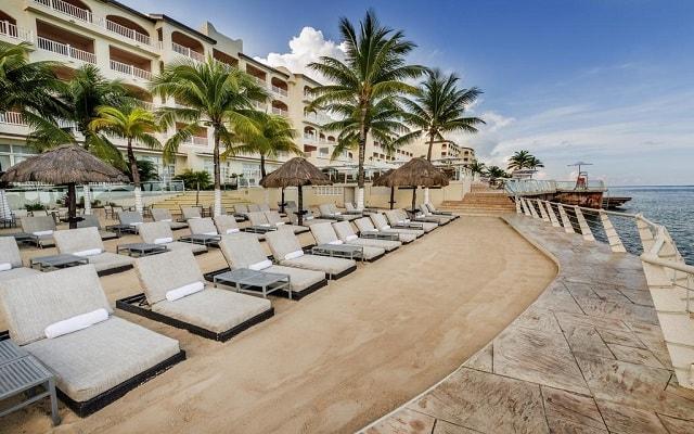 Hotel Cozumel Palace, admira la belleza del mar