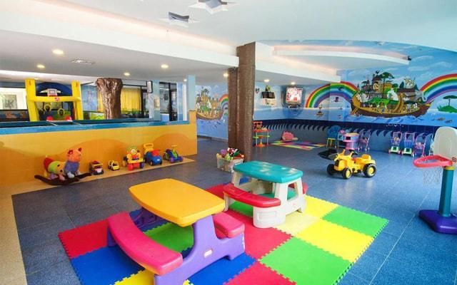 Hotel Crown Paradise Club Cancún, club de niños