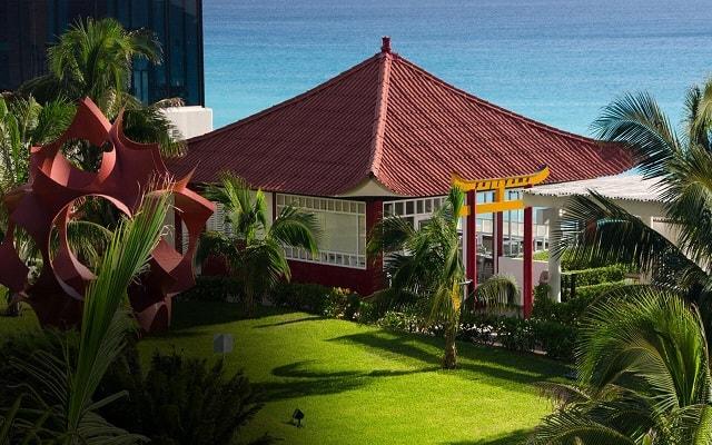 Hotel Crown Paradise Club Cancún, deléitate con la cocina oriental