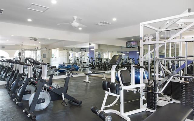 Hotel Crown Paradise Club Puerto Vallarta, gimnasio bien equipado