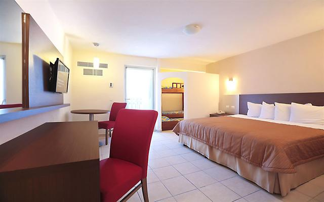 Hotel Crown Paradise Club Puerto Vallarta, habitaciones con todas las amenidades
