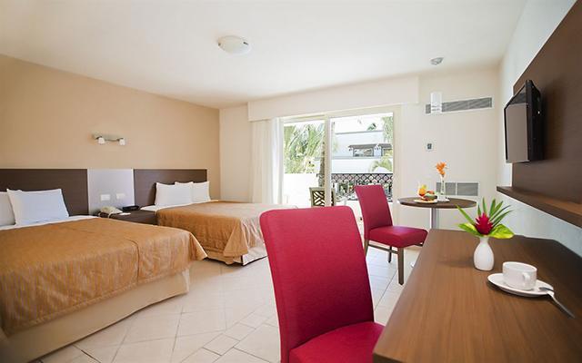 Hotel Crown Paradise Club Puerto Vallarta, amplias y luminosas habitaciones