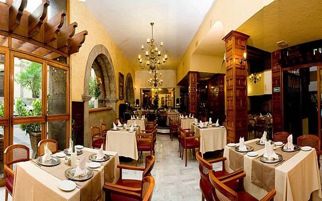 Hotel De Mendoza, rica y variada gastronomía para todas tus comidas