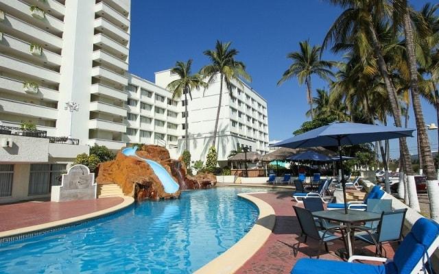 Hotel Don Pelayo Pacific Beach, disfruta de su alberca al aire libre