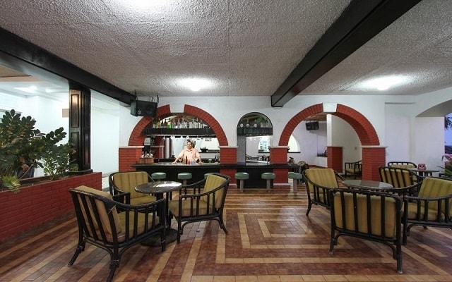 Hotel Don Pelayo Pacific Beach, disfruta una copa en el bar