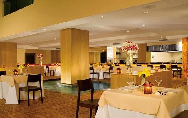 Hotel Dreams Huatulco Resort & Spa, Restaurante Himitsu