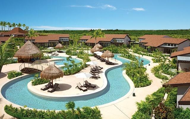 Hotel Dreams Playa Mujeres Golf and Spa Resort, refréscate en el lazy river