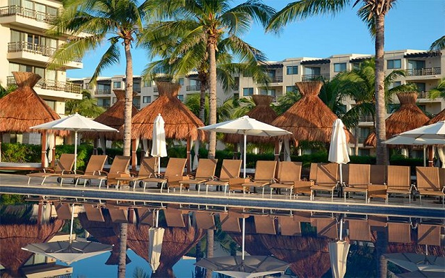Hotel Dreams Riviera Cancún Resort and Spa, disfruta de su alberca al aire libre