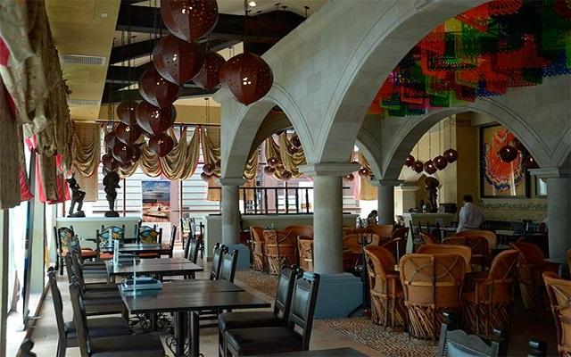 Hotel Dreams Riviera Cancún Resort and Spa, disfruta una rica comida mexicana