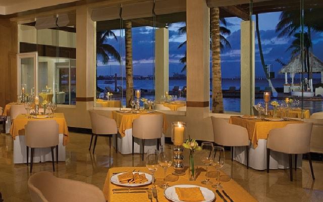Hotel Dreams Sands Cancún Resort & Spa, lujo y confort en cada sitio