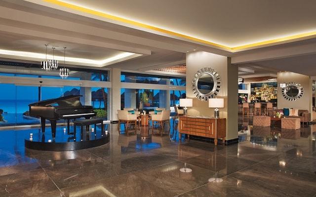 Hotel Dreams Sands Cancún Resort & Spa, atención personalizada desde el inicio de tu estancia