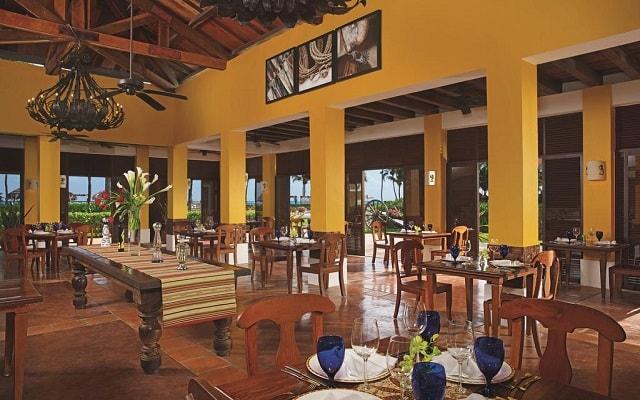 Hotel Dreams Tulum, ofrece variedad de menús para tus comidas
