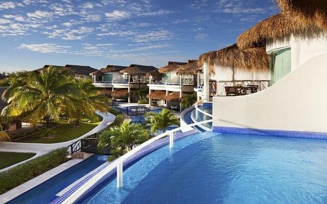 Hotel El Dorado Casitas Royale by Karisma, alberca en tu habitación