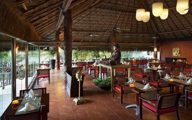 Hotel El Dorado Casitas Royale by Karisma, gastronomía de calidad