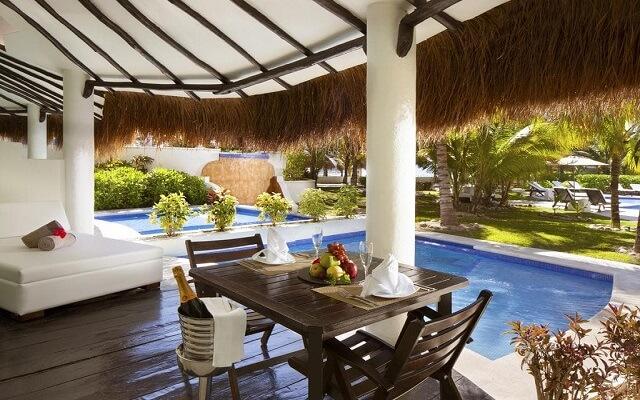 Hotel El Dorado Casitas Royale by Karisma, empieza tu día con un rico desayuno