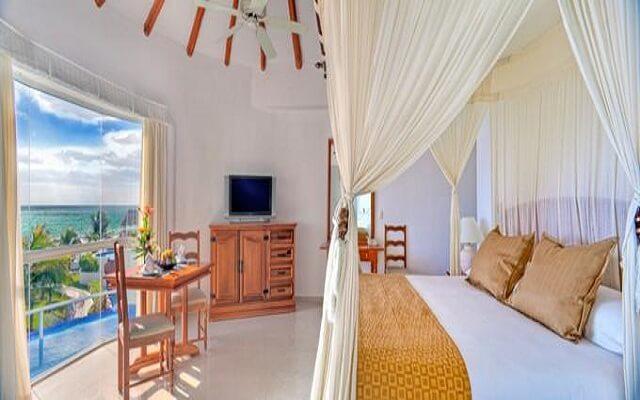 Hotel El Dorado Casitas Royale by Karisma, amplias y luminosas habitaciones