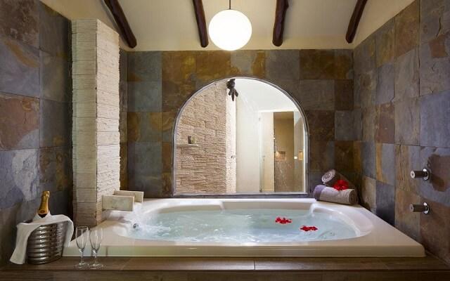 Hotel El Dorado Casitas Royale by Karisma, jacuzzi