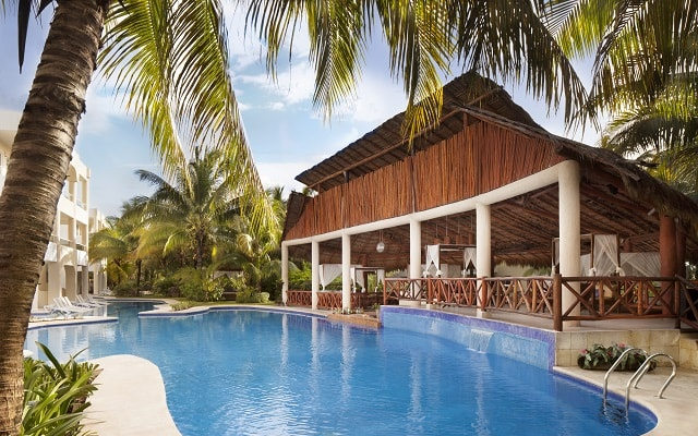 Hotel El Dorado Seaside Suite Infinity, By Karisma, disfruta de sus albercas al aire libre
