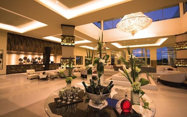Hotel El Dorado Seaside Suite Infinity, By Karisma, atención personalizada desde el inicio de tu estancia