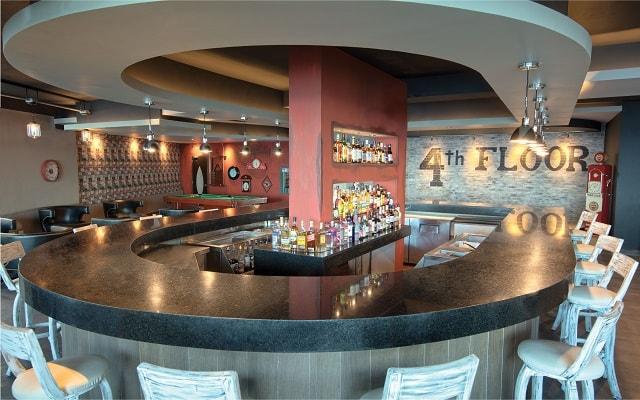Hotel El Dorado Seaside Suite Infinity, By Karisma, espacios de diseño