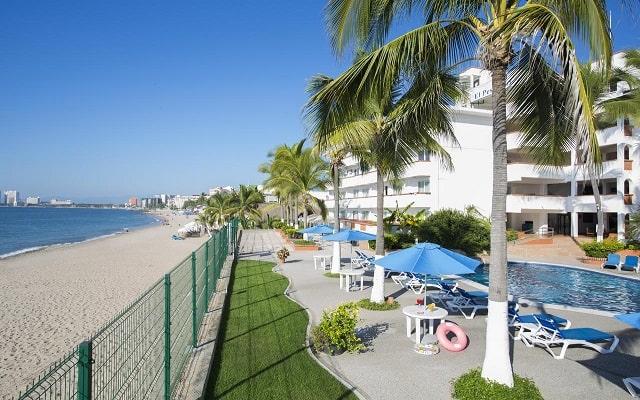 Hotel El Pescador Vallarta Centro, acceso a la playa