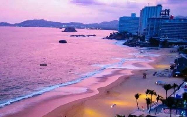 Hotel El Presidente Acapulco, contempla bellos atardeceres