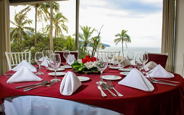 Hotel El Presidente Acapulco, salón Dali