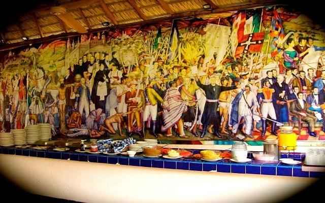 Hotel El Tropicano Acapulco, deleita tu paladar con la variedad de comidas que ofrece