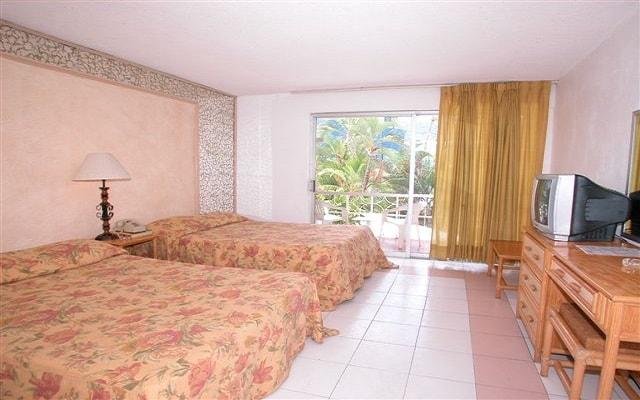 Hotel El Tropicano Acapulco, amplias y luminosas habitaciones