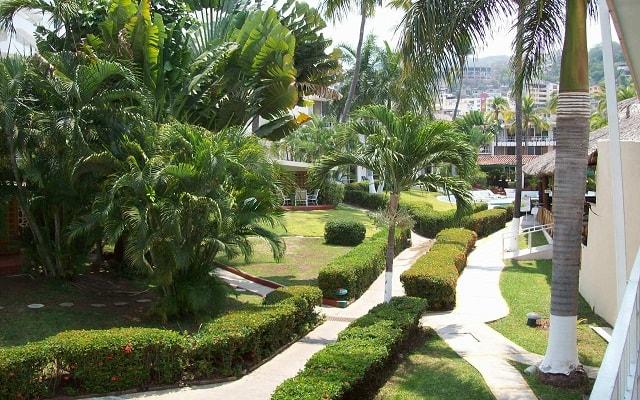 Hotel El Tropicano Acapulco, relájate en la tranquilidad de sus jardines