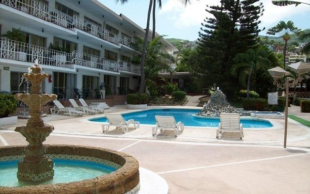 Hotel El Tropicano Acapulco, buena ubicación a pocos minutos de la playa