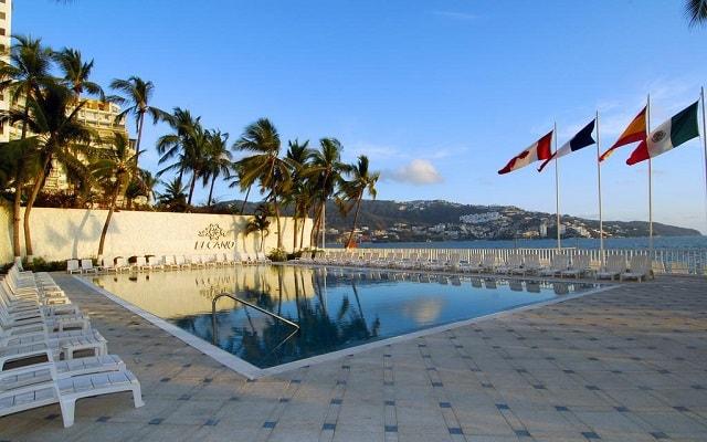 Hotel Elcano Acapulco, disfruta de su alberca al aire libre