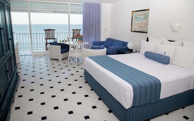 Hotel Elcano Acapulco, amplias y luminosas habitaciones