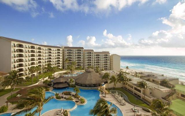 Hotel Emporio Cancún en Zona Hotelera