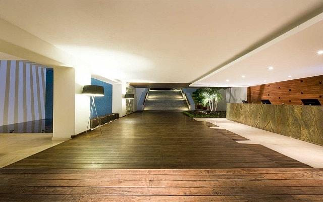 Hotel Emporio Mazatlán, atención personalizada desde el inicio de tu estancia