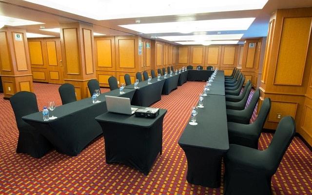 Hotel Emporio Reforma, elegancia y confort en sus instalaciones
