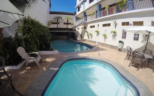 Hotel EMS Arcos Catemaco, disfruta de su alberca al aire libre