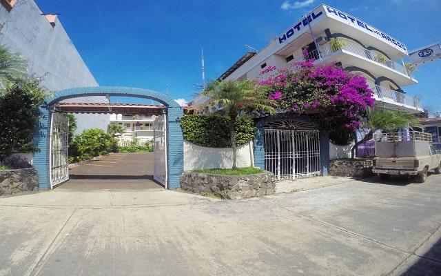 Hotel EMS Arcos Catemaco, buen servicio