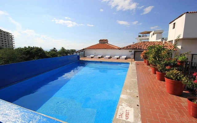 Hotel Encino Vallarta Centro, disfruta de su alberca al aire libre