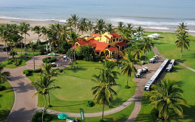 Hotel Estrella del Mar Resort Mazatlán, carros de golf para que practiques tu deporte