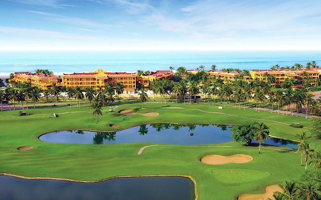 Hotel Estrella del Mar Resort Mazatlán, campo de golf diseñado por Robert Trent Jones Jr.