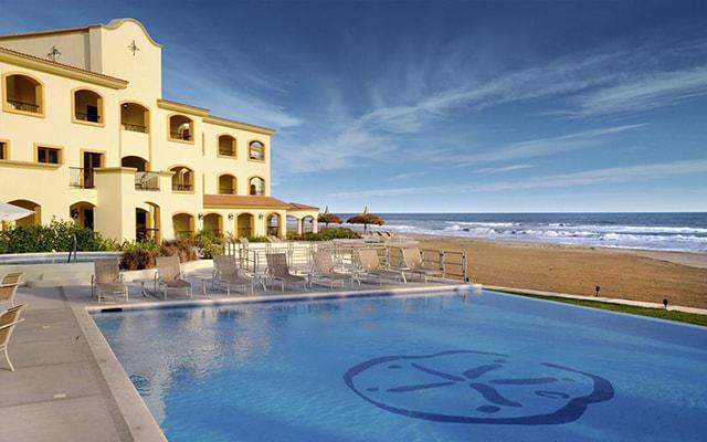 Hotel Estrella del Mar Resort Mazatlán, descansa en ambientes inolvidables